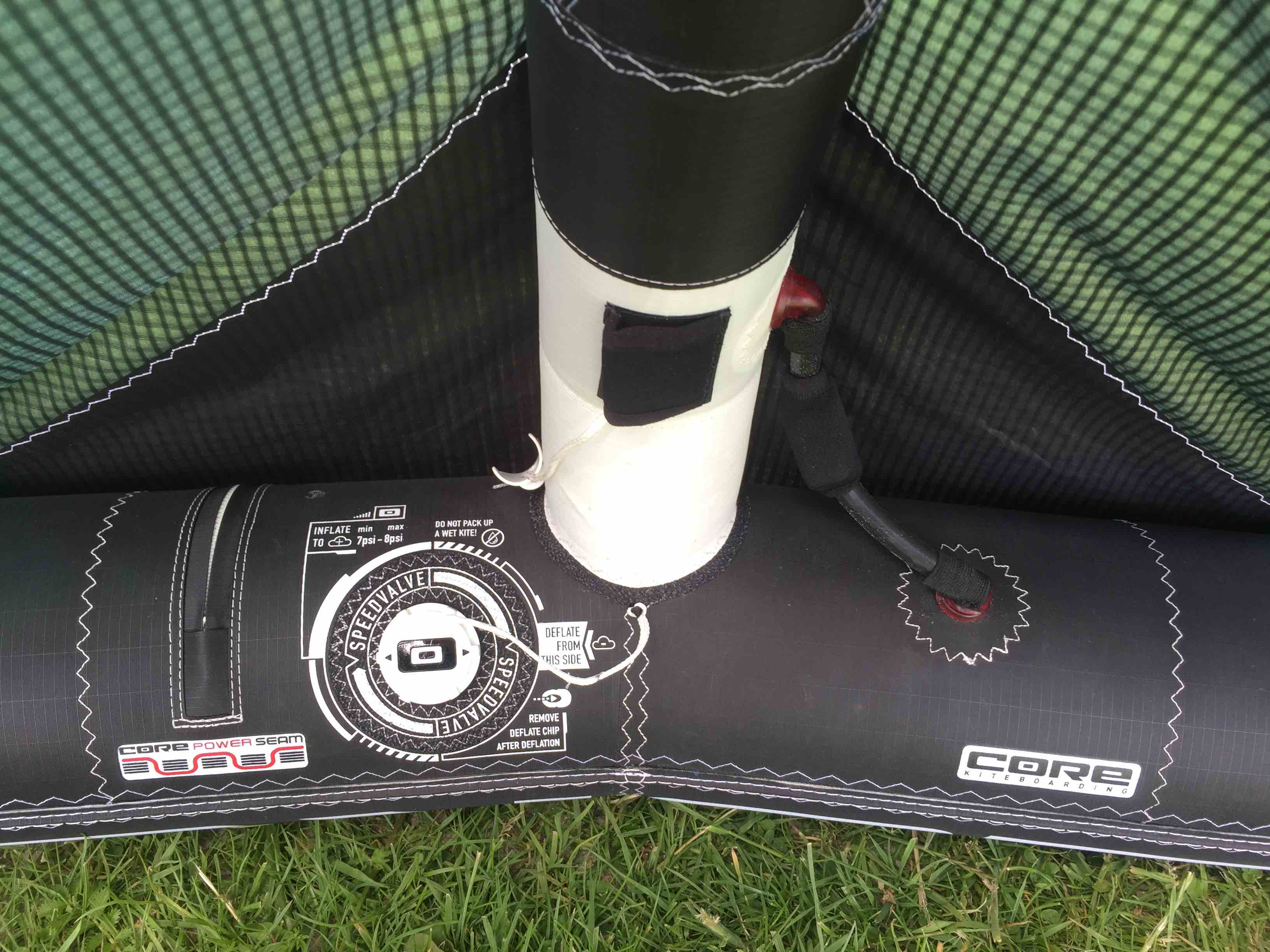 Core Kiteboarding XR4 10m kitereview inflate
